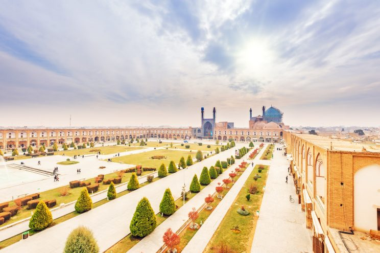 isfahan-imam-square-AP-TRAVEL